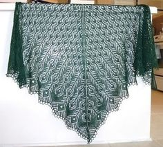 Free Shawl Patterns | Free Knitting Pattern - Shetland Lace Shawl from the Lace shawls:                                                                                                                                                                                 More