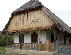 Gyönyörű díszes házikó, Hungary Heart Of Europe, Vernacular Architecture, Architectural Features, Romania, Budapest, Cottage, Cabin, Rustic, Traditional