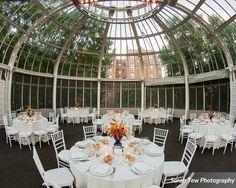 The Brooklyn Botanic Garden is a gorgeous wedding venue!