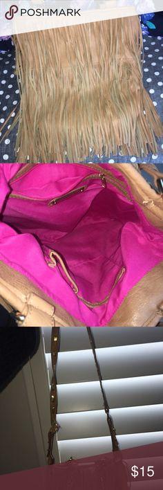 STEVE MADDEN FRINGE BAG WITH SHORT AND LONG STRAPS Like new leather fringe Steve Madden bag with pink like new inside Steve Madden Bags Hobos