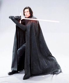 Kylo Ren in the last jedi!!!! New leaked photos!!!
