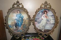 Vintage Glass Picture Frames | Vintage-BlueBoy-Pinky-oval-bubble-glass-Metal-frame-pictures-ITALY ... Barbie Miniatures, Glass Picture Frames, Decorative Plates, Bubbles, Stamp, Crafty, Metal, Pictures, Pattern
