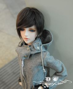 Lingfeng Doll Family 1 3 Boy Super Dollfie Size BJD    I own this doll, he is wonderful!