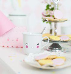 tasses a little lovely company - idée cadeau de naissance- teacup a little lovely company - baby gift idea