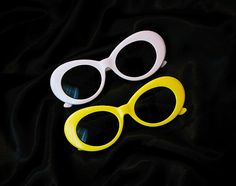 White Oval Mod Vintage Kurt Sunglasses 90s Grunge by FREAKYGRRL