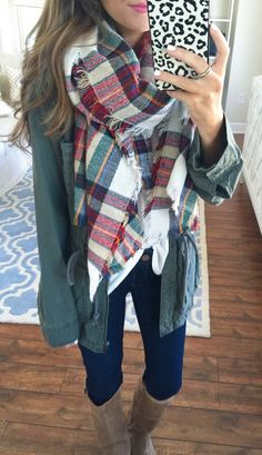 Love. Casual Outfits, Cute Outfits, Fashion Outfits, Fashion Scarves, Dress Casual, Fashion Wear, Teen Fashion, Fall Winter Outfits, Autumn Winter Fashion