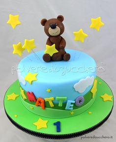 Torta 1° compleanno per un bimbo con orsetto in pasta di zucchero  1st birthday cake for a child with a teddy bear in sugar paste