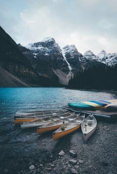 bokehm0n:  Moraine lake mornings.
