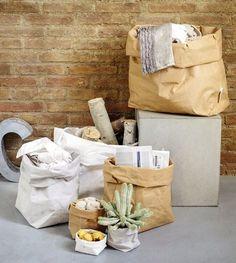 Essentials paper pouch