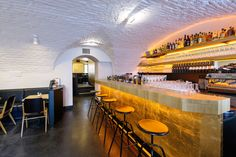 ERICH | café – bar | Neustiftgasse 27 1070 WIEN Café Bar, Lokal, Restaurant Bar, Conference Room, Vienna, Places, Table, Restaurants, Furniture