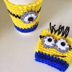 Make these cute Minion Cup Cozy, Mug Cozy, Coffee Cozy, Coffee Cup Sleeve with these awesome Free Crochet Patterns we selected just for you.Crochet some and make your morning tea/coffee happy and enjoyable. Your kids would love these too. Crochet Coffee Cozy, Crochet Cozy, Crochet Gifts, Free Crochet, Cozy Coffee, Coffee Cup, Coffee Drinks, Coffee Meme, Coffee Barista