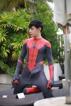Spiderman Cosplay, Male Body, Hot Boys, Asian Men, Handsome Boys, Leather Men, Beautiful Men, Sexy Men, Skinny Jeans