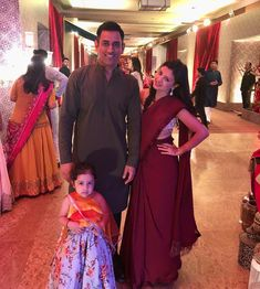 Ziva Dhoni Cutely Dances With Mom Sakshi Singh Dhoni At Poorna Patel's 'Sangeet' [Video] Ms Dhoni Wife, Ziva Dhoni, Ms Dhoni Wallpapers, Ms Dhoni Photos, Chennai Super Kings, Mahi Mahi, Wedding Album, Instagram Models, Bollywood Actress