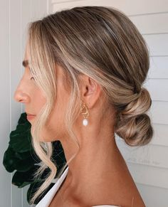 """Jody Callan Hair on Instagram: """"Simplistic bun 🤍 Many requests for minimal and simplistic buns I'm really loving these styles this was from my beautiful bride…"""" Beautiful Bride, Buns, Minimalism, Wedding Day, Prom, Hair Styles, Instagram, Fashion, Pi Day Wedding"""