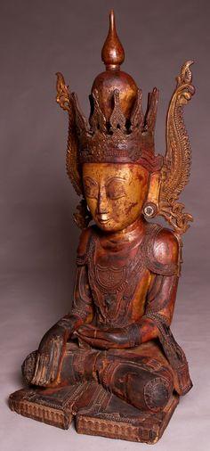 A Fine 18thC Burmese Crowned Buddha T64