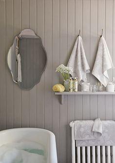 Laura Ashley Bathroom - amazing, right? #artnouveau