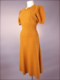 #vintage 1940's Hattie Carnegie Hourglass Knit Day Dress