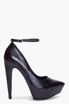 THEYSKENS' THEORY Black Abby Ziggy Pump // These shoes look good from every angle.