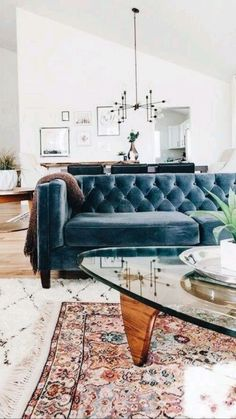 Blue Couch Living Room, Boho Living Room, Bohemian Living, Leather Living Rooms, Living Room With Color, Black Living Room Furniture, Living Room Rugs, Art Deco Living Room, Living Room Seating