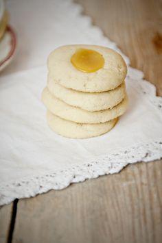 ... Lemon curd on Pinterest | Lemon, Lemon curd cupcakes and Lemon curd