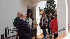 El Ayuntamiento de Almuñécar mejora la accesibilidad a las viviendas del complejo de la Tercera Edad
