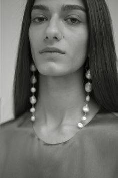 Triple Hoop earrings in Sterling Silver, large silver hoop earrings, hammered hoop earrings, delicate hoops, 2 inch hoop earrings - Fine Jewelry Ideas Pearl Stud Earrings, Pearl Studs, Pearl Jewelry, Sterling Silver Earrings, Gold Jewelry, Diamond Earrings, Silver Ring, Dior Earrings, Vintage Jewelry