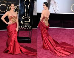 Oscar 2013 Red Carpet- Olivia Munn in Marchesa. I love this gown it is so different from anything else on the carpet that night.