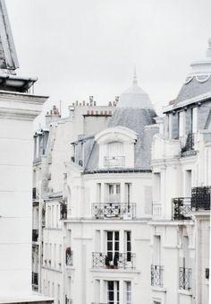 Pied a Terre en Paris. Ahhhh....