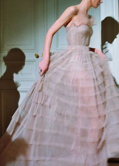 valentino spring 2013 couture by schohaja for t magazine Pretty Dresses, Beautiful Dresses, Runway Fashion, High Fashion, London Fashion, Prom Dresses, Formal Dresses, Looks Cool, Dream Dress