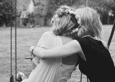 """Diariamente conoces nuevas personas, sin siquiera saber que tan profundo pueda llegar una de ellas. Quiero decir a esa """"amiga"""", que llegó para hacerme ver lo que es tener una persona distinta pero a..."""