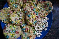 Lucky Charm Cookie Sandwich