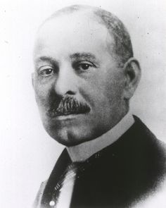 This Day in Black History: Jan. 18, 1858 Daniel Hale Williams made history as the first person to perform a successful open-heart surgery. He was born on Jan. 18, 1858 in Hollidaysburg, Pennsylvania. At a young age he expressed interest in medicine and completed an apprenticeship with Dr. Henry Palmer, an accomplished surgeon. He finished his medical training at Chicago Medical College.