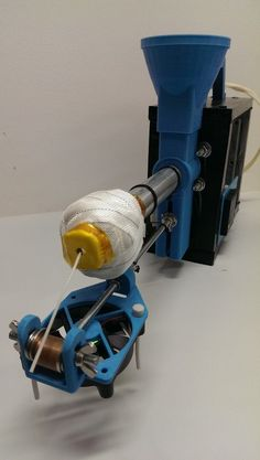 Filament Extruder (Filastruder KIT) by bernabap - Thingiverse 3d Printing Business, 3d Printing Diy, 3d Filament, 3d Printer Filament, 3d Printer Designs, 3d Printer Projects, Homemade 3d Printer, Homemade Tools, Imprimente 3d