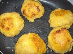 Bucataria Alynusei: Bulz din mamaliga cu branza Tofu, Fondant, Muffin, Breakfast, Morning Coffee, Muffins, Gum Paste, Cupcakes, Candy