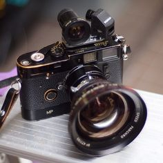 Arriflex Cooke Speed Panchro 18mm/1.7 on Leica M by ramjee, via Flickr