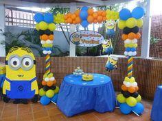 """""""Despicable Me"""" balloon arch"""