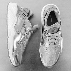 Metallic Nike Huarache sneakers Clothing, Shoes & Jewelry : Women : Shoes amzn.to/2k0ZSzK