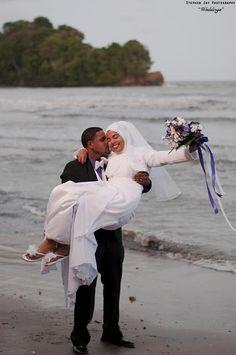 beautiful black muslim wedding couples images for inspiration Hijabi Wedding, Wedding Poses, Wedding Couples, Wedding Quote, Wedding Girl, Wedding Dresses, Muslim Couple Photography, Outdoor Wedding Photography, Cute Couple Quotes