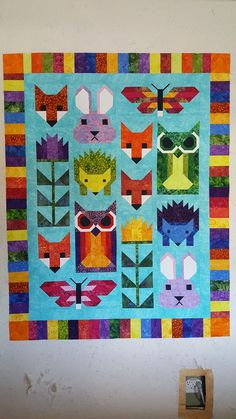 Forest Friends, pattern by Elizabeth Hartman. Love the color pallet! Quilt Baby, Fox Quilt, Quilting Projects, Quilting Designs, Farm Animal Quilt, Elizabeth Hartman Quilts, Cute Quilts, Kid Quilts, Barbie Vintage