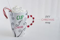 36 Trendy Ideas For Gifts Christmas Diy Sharpie Mugs Personalized Christmas Mugs, Diy Christmas Mugs, Personalised Gifts Diy, Diy Christmas Presents, Christmas Gifts For Girls, Easy Christmas Crafts, Personalized Mugs, Christmas Ideas, Christmas Stuff
