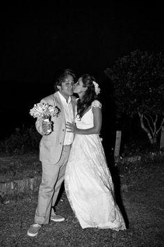 Paula e Alysson  Trancoso - Bahia - Brazil    fotos: Silvia Zamboni e Tati Nolla - mariasfotografia.com.br;    veja todo casório aqui!  www.facebook.com/media/set/?set=a.10150406758053422.37053...