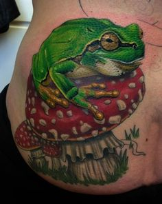 Soma Zold - Google Search Mushroom Tattoos, Frog Tattoos, Wicked Tattoos, Tattoo Magazines, Amphibians, Reptiles, Skin Art, Color Tattoo, Larry