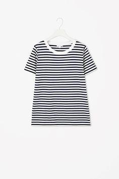 Cotton t-shirt.