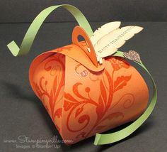 Stampin' Up! Curvy Keepsake Box embellished for Thanksgiving #StampinUp #Thanksgiving #crafts