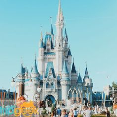 A trip to Walt Disney World just isn't complete without indulging in all of the best snacks the happiest place on earth has to offer. Disney World Wedding, Walt Disney World, Disney Cast, Best Hotel Deals, Vero Beach, World Photo, Disney Trips, Disney Deals, Disney Vacations