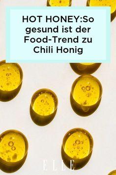 Hot Honey ist der neue, gesunde Food-Trend, der Honig und Chili kombiniert. Welche Vorteile das für den Körper bringt, erfährst du hier!