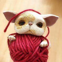 "Polubienia: 95, komentarze: 8 – Magda (@mo._creatures) na Instagramie: ""Little kitten almost ready 🍬🐈🍬 #kittens #cat #catlover #catstagram #pet #ooak #ooaktoy #ooakdoll…"""