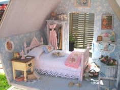 Shabby Chic Doll House!!!!!