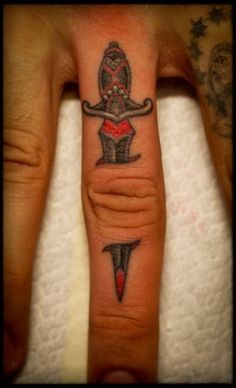 "tattooistart-magazine:    ::> Click ""share"" or ""like"" if you dig it.  Artist: Ben Grillo  Follow us on FACEBOOK"