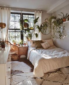 Boho Home Decor 48 Amazing Bohemian Bedroom Decor Ideas That Are Comfortable.Boho Home Decor 48 Amazing Bohemian Bedroom Decor Ideas That Are Comfortable Room Ideas Bedroom, Small Room Bedroom, Modern Bedroom, Bedroom Inspo, Master Bedroom, Contemporary Bedroom, Couple Bedroom, Bedroom Furniture, Decor Room
